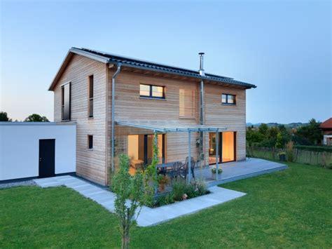 Einfamilienhaus Holzhaus Mit Ziegelfassade by Holzhaus Baufritz Haus Einfamilienhaus