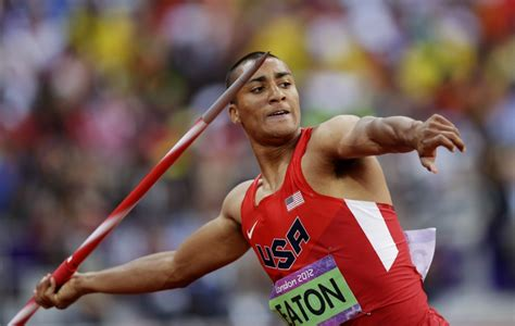 javelin decathlon olympic throw olympics ashton eaton athletics toss throws london athlete states david track united summer field trump jav
