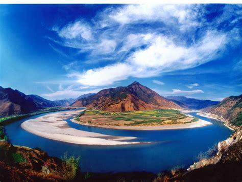 The Yangtze River: a case study