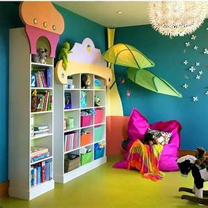 Make and decorate a hug and a reading corner in the