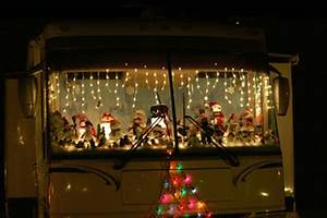 How To Decorate your RV for the Holidays