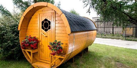 saune da giardino come ricavare una piccola zona relax con le saune da esterno