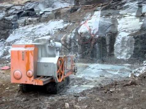 wire sawing machine for quarry cutting