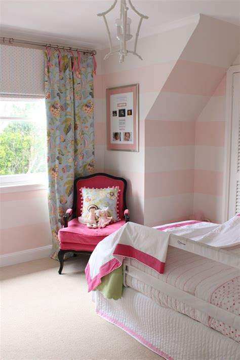 Bedroom  Pretty Bedroom Room Themes For Teenage Girl Pink