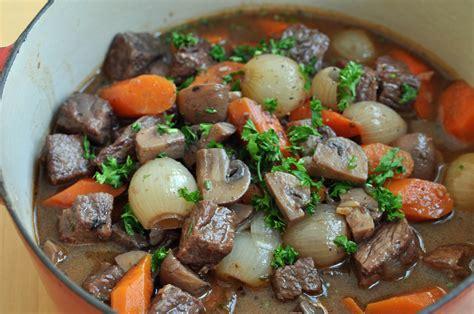 cuisine boeuf bourguignon boeuf bourguignon hungry poodle