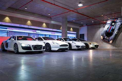 Garage Of Cars by Dutton Garage Luxury And Classic Cars For Sale In