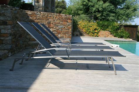 chaises longues de piscine beautiful transat de piscine design 5 s233lection
