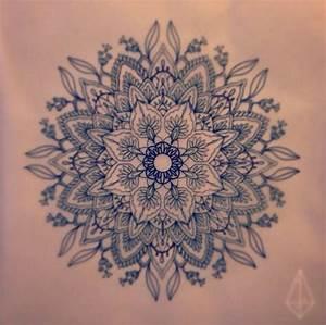 Tatouage Mandala Femme Signification Tatouage Fleur Mandala