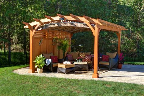 Pergola Mit Dach by What Is A Pergola Byler Barns