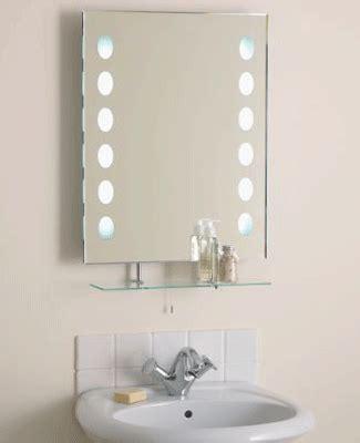 decorating bathroom mirrors ideas spacious small bathroom decorating with mirrors