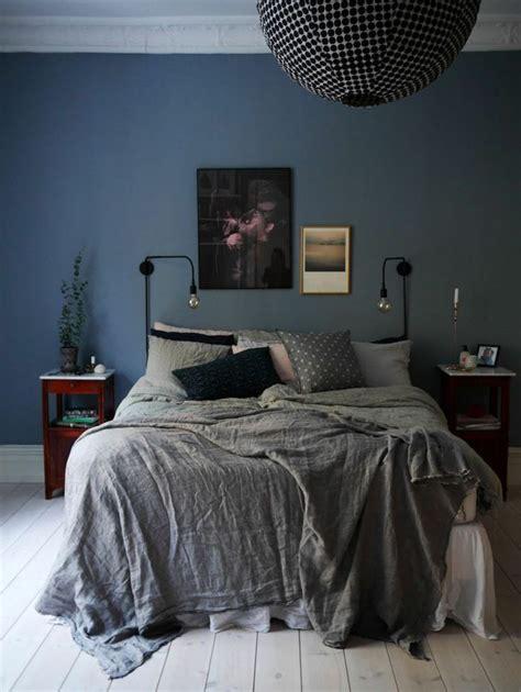 couleur chambre adulte couleur chambre adulte idées déco avec nuances foncées