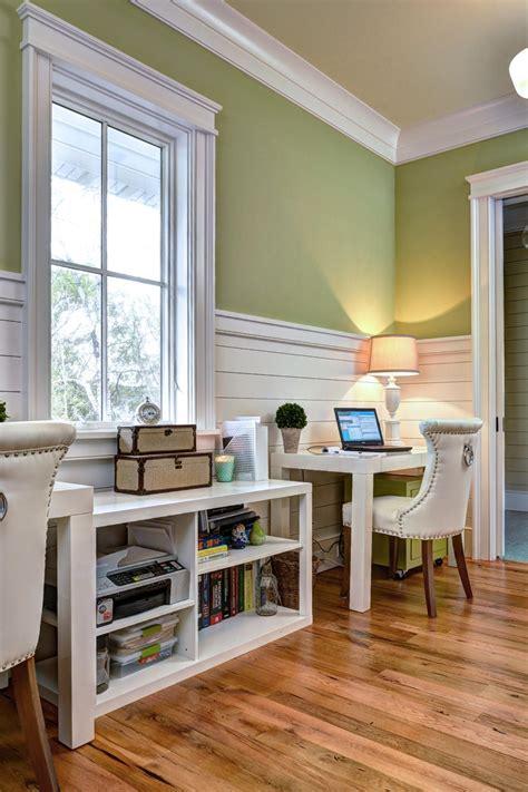 presenting  beach style home office design ideas