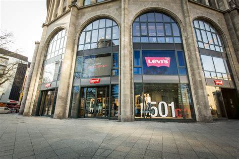 Step Inside The Renovated Levi's Berlin Store