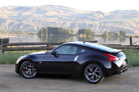 2013 370z Review by 2013 Nissan 370z Review Refreshed And Ready To Roar