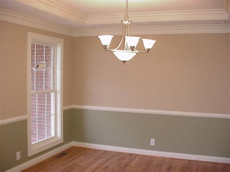 Bedroom Paint Ideas Chair Rail by Stylish Wallpaper For Bedrooms Dining Room Upholstered