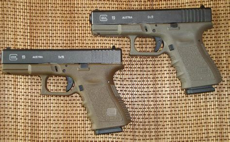 One Russian Company Is Making Glock-alike Concealed Carry Guns | The National Interest