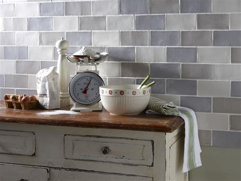 Kitchen Wall Coverings, Splashbacks & Border Designs In