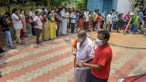 India Covid-19 Vaccine: Amid Severe Shortage, Only 6 ...