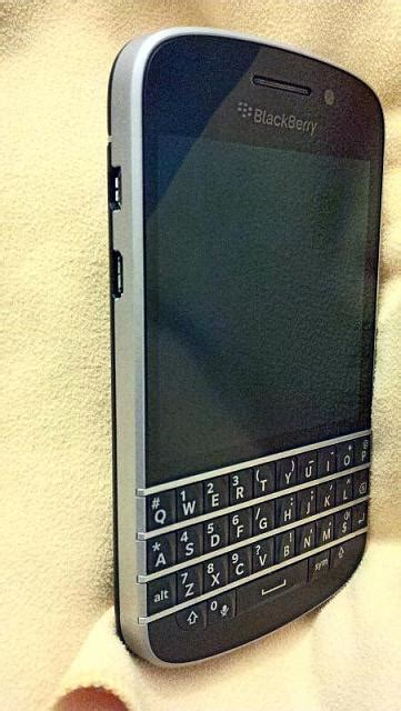 q10 with silver bezel pics blackberry forums at crackberry