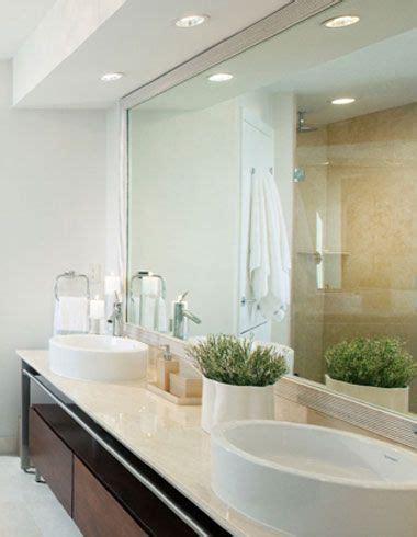 Inexpensive Modern Bathroom Lighting by Recessed Lighting In Modern White Bathroom Recessed