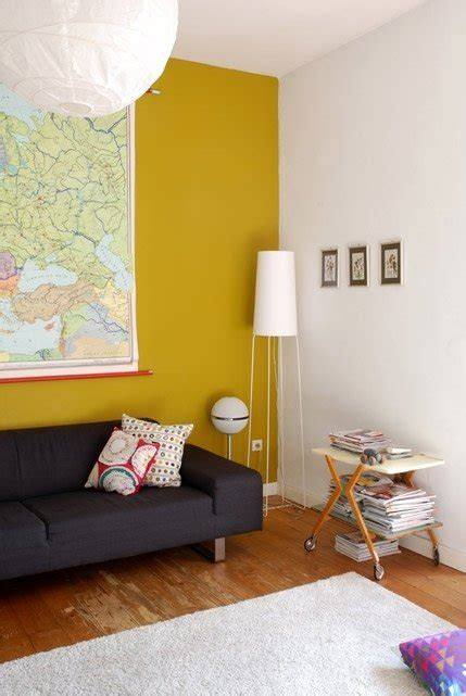 keen  mustard  great colours   feature wall
