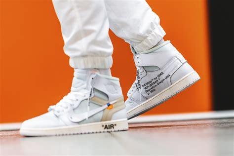 Off White X Air Jordan 1 White •