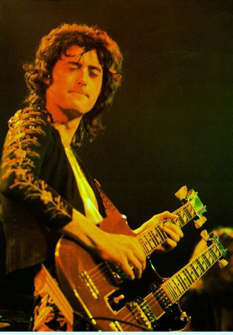 led zeppelin jimmy page gibson sg guitar  concert