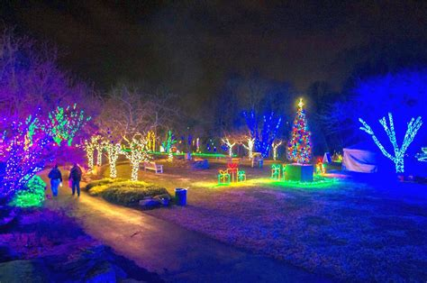 vienna virginia meadowlark gardens christmas lights