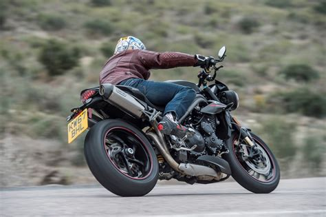 Triumph Speed Triple 1050 Rs (2018-on) Review