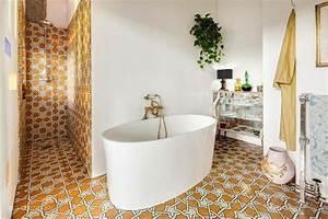 carrelage design a linspiration geometrique pour la salle With salle de bain design avec décoration années folles