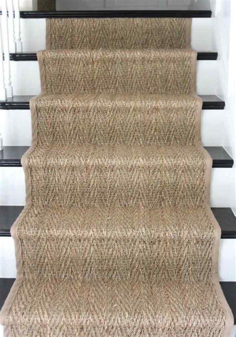 pose de moquette sur escalier habillage escalier bois avec moquette mzaol