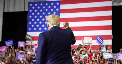 donald trump hosts campaign rally  florida