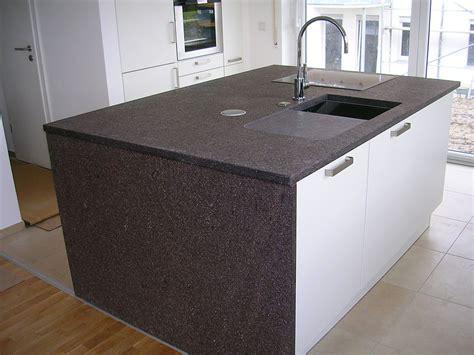 file kücheninsel mit porphyr arbeitsplatte jpg wikimedia