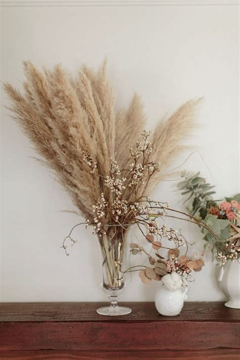 Dried Flower Arrangements In Vases by 3 Ways To Decorate With Dried Flowers Glitter Guide