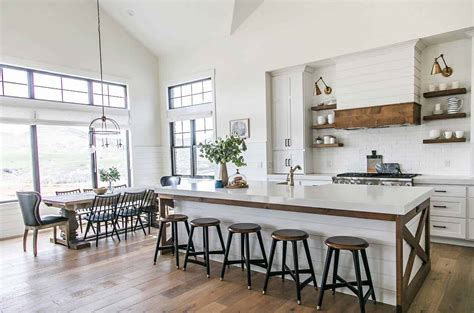 modern farmhouse style in utah features stylish living