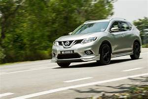 Nissan X Trail Black Edition : nissan x trail vs mitsubishi outlander carsifu ~ Gottalentnigeria.com Avis de Voitures