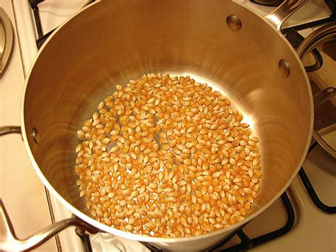 can you pop popcorn in a nonstick pot