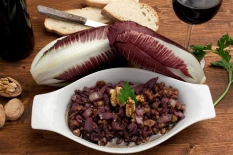 Cucinare Radicchio Rosso In Padella by Radicchio Rosso In Padella Con Noci E Aceto Balsamico