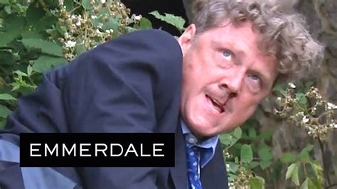 emmerdale  fiercely punches daz   nose youtube