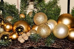 Trend Schmuck 2017 : weihnachtsschmuck weihnachtsdeko das sind die trends 2018 k nstlicher tannenbaum ~ Frokenaadalensverden.com Haus und Dekorationen