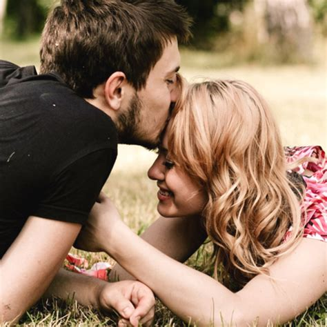 actress kiss fb world best kiss pic for fb profile full hd imagess