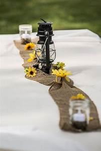 Tischdeko Mit Sonnenblumen : tischdeko hochzeit ideen juteband tischlaufer gaslampe ~ Lizthompson.info Haus und Dekorationen