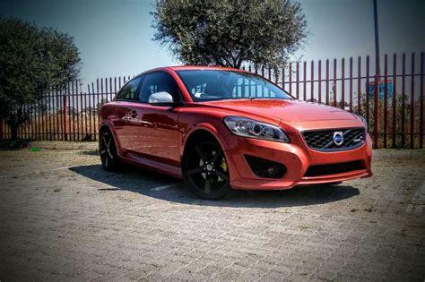 volvo    design hatchback fwd cars  sale