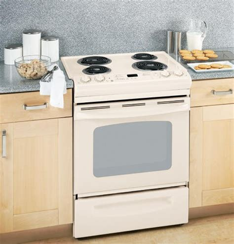 ge jspdncc    electric range   coil elements  cu ft  clean oven dual