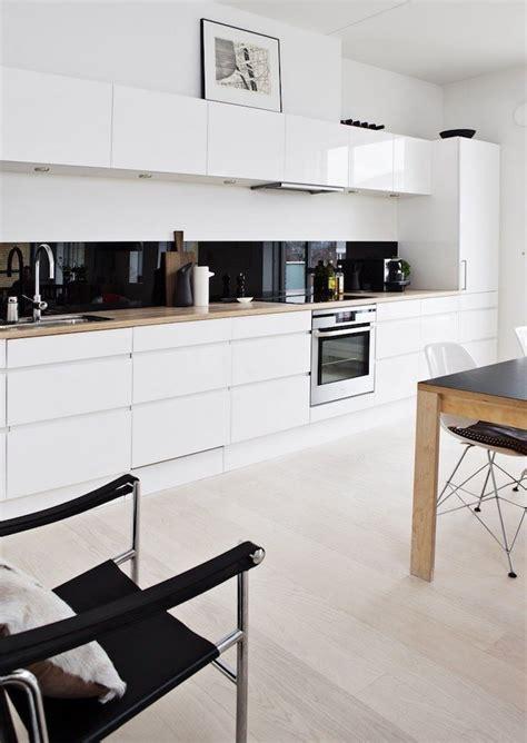 meuble cuisine marron cuisine marron et blanc meuble bas cuisine en blanc