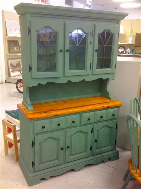 Hutch Painting Ideas by Country Painted Hutch Today I Want To Show You A