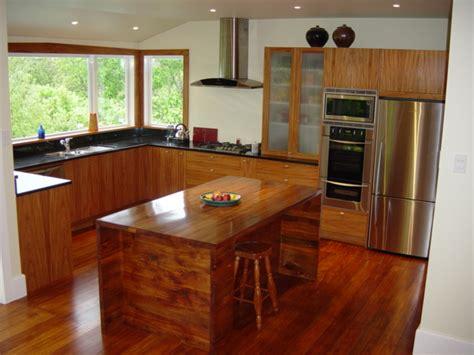 kitchen islands breakfast bar budujeurzadzam pl nowoczesna kuchnia z drewna egzotycznego