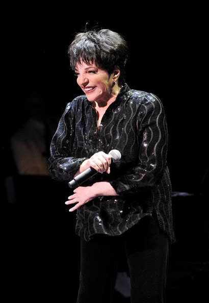 Liza may minnelli is an american actress and singer. Liza Minnelli Button Down Shirt - Liza Minnelli Looks ...