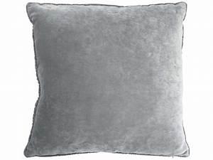 Housse De Coussin Velours : coussin velours coloris gris vente de coussin et housse de coussin conforama ~ Teatrodelosmanantiales.com Idées de Décoration
