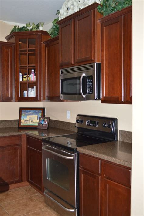 kitchen paint colors with mahogany cabinets the world s catalog of ideas 9512